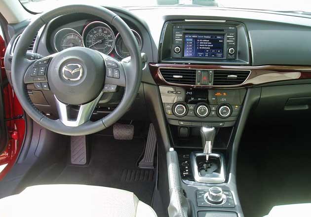 2014-Mazda6-Dsh