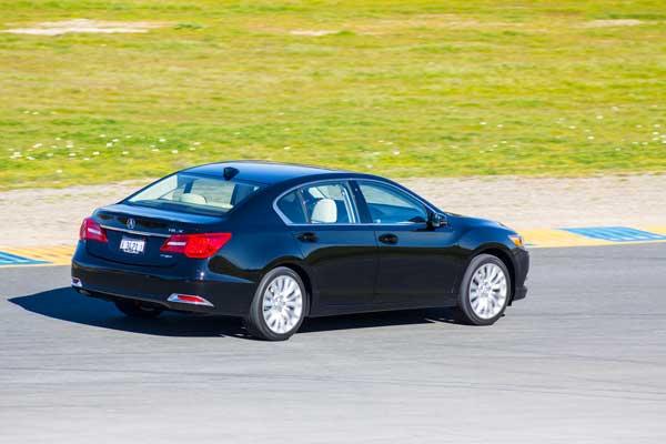 2014 Acura RLX Side