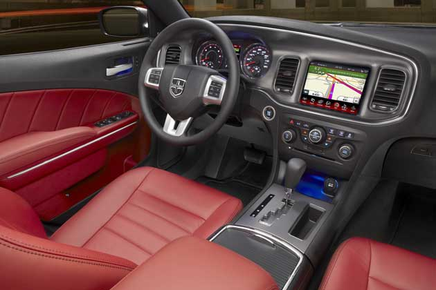 2013-Dodge-Charger-interior