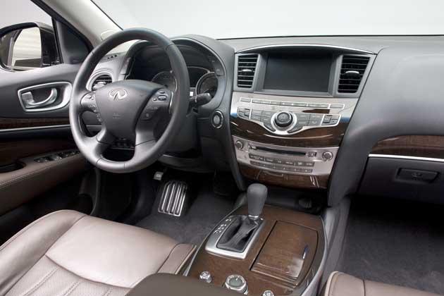 2013-Infiniti-JX35-interior