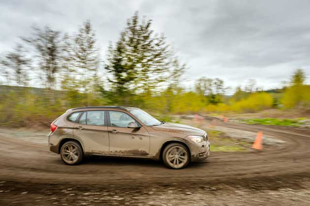BMW X1 xDrive35i Off-road
