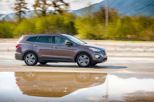 Hyundai-Santa-Fe-Limited-On