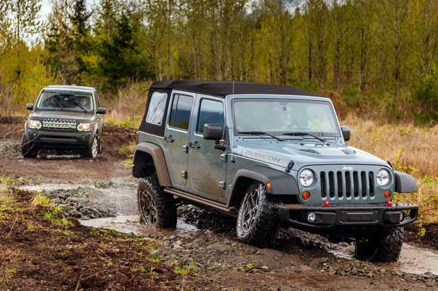Jeep-Wrangler-Unlimited-off