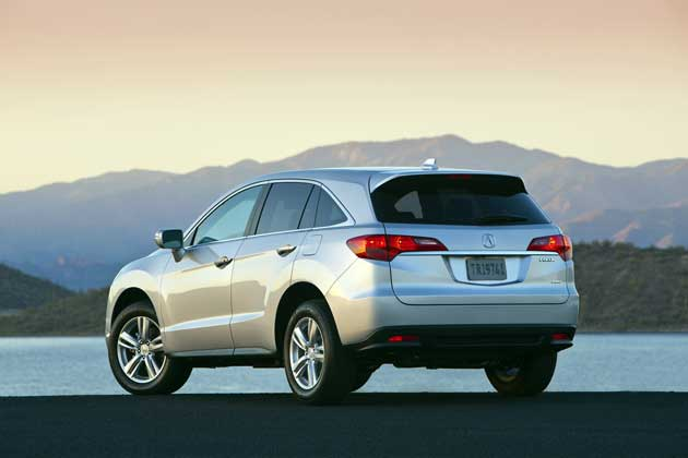 2013-Acura-RDX-rear
