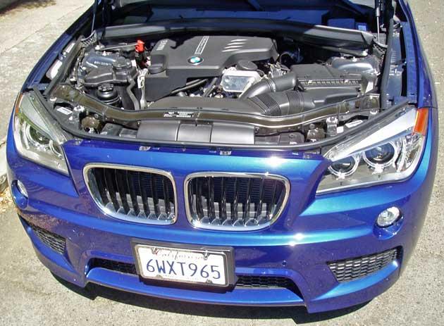 2013-BMW-X1-xDrive28i-Eng