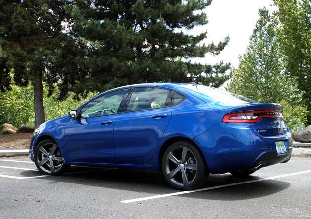 2013-Dodge-Dart-Rallye-rear