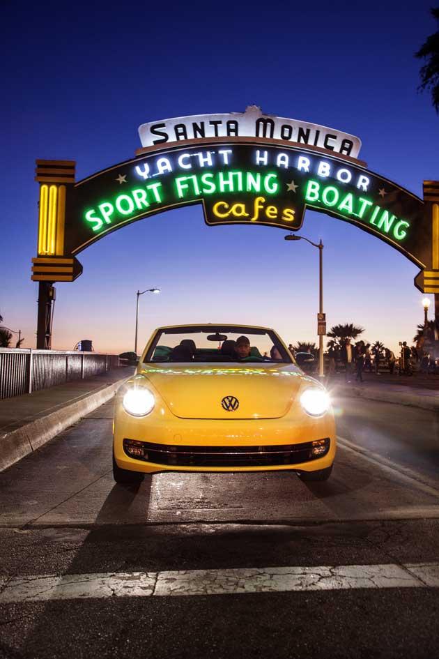 2013-Volkswagen-Beetle-pier