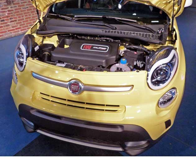 2014-Fiat-500L-Eng