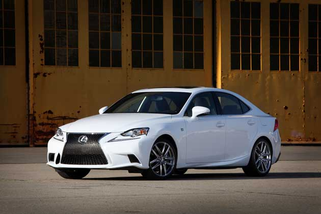2014-Lexus-IS-front-quart.
