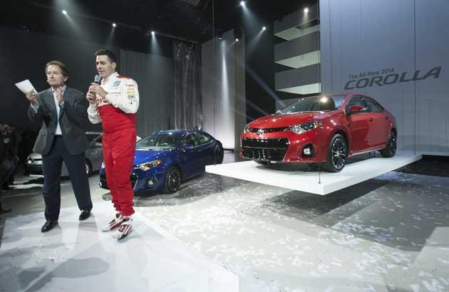 2014-Toyota-Corolla-Fay&Car