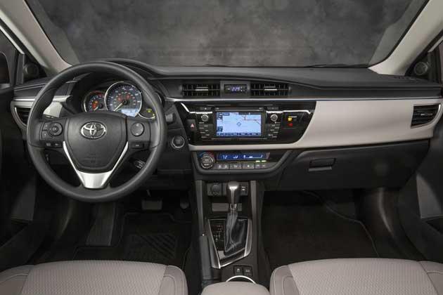 2014-Toyota-Corolla-interio