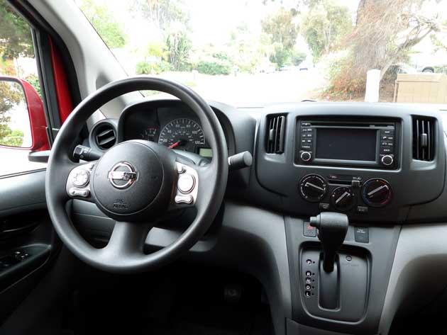 2013-B-2013-B-Nissan-NV200-