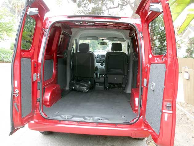 2013-B-Nissan-NV200-cargo