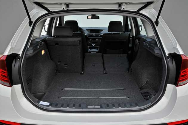 2013-BMW-X1-cargo