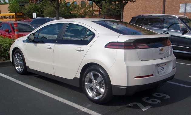 2013-DR-Chevrolet-Volt