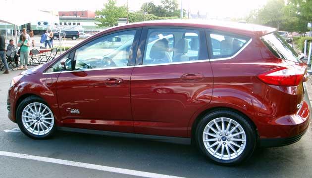 2013-DR-Ford-C-Max-Energi