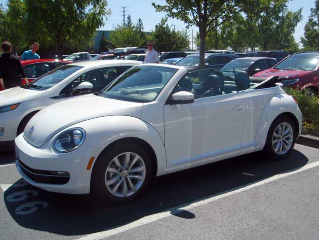 2013-DR-Volkswagen-Beetle-T