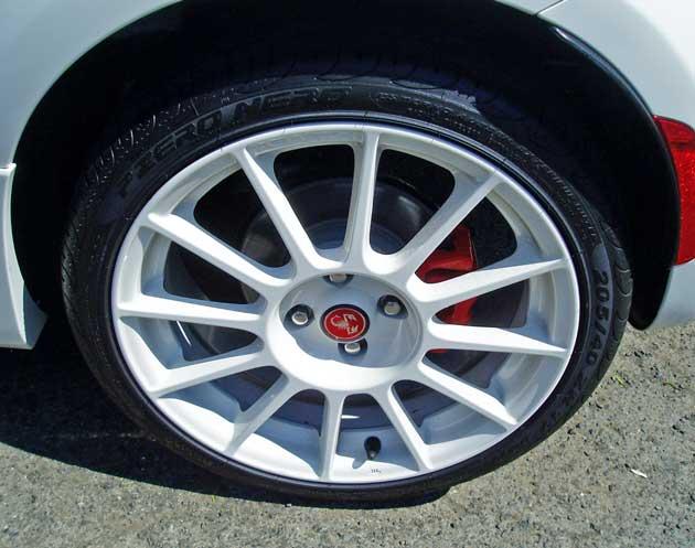2013-Fiat-500C-Abarth-Cabrio-Whl