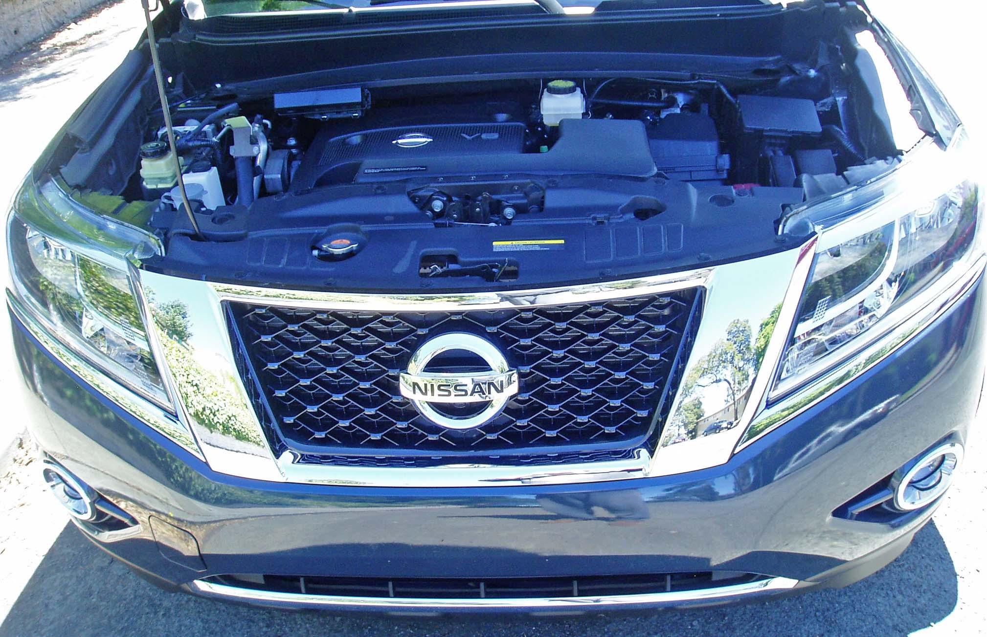 2013 Nissan Pathfinder Platinum 4 4 Test Drive Our Auto Expert