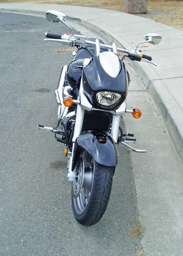 2013-Suzuki-Boulevard-M90-RSFF
