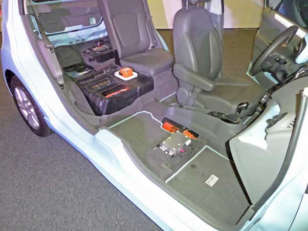 2014-Chevrolet-Spark-EV-Batt
