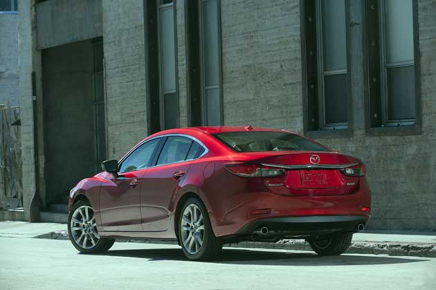 2014-Mazda-Mazda6-rear