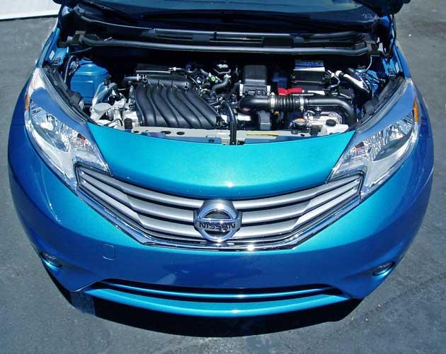 2014-Nissan-Versa-Note-Eng