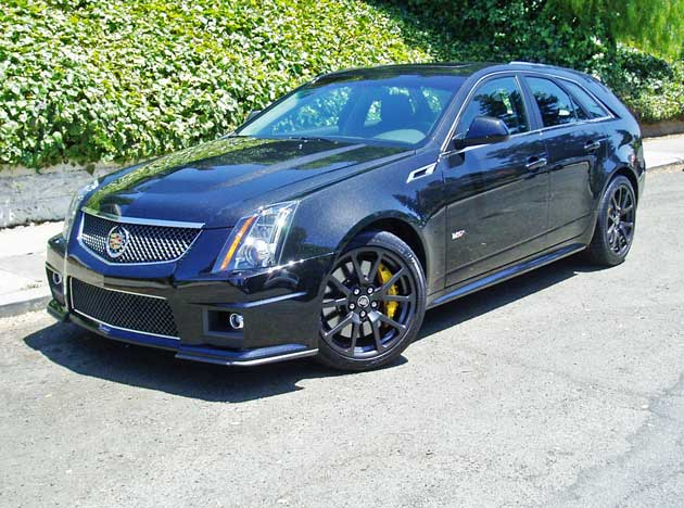 2013 cadillac cts v wagon test drive our auto expert. Black Bedroom Furniture Sets. Home Design Ideas