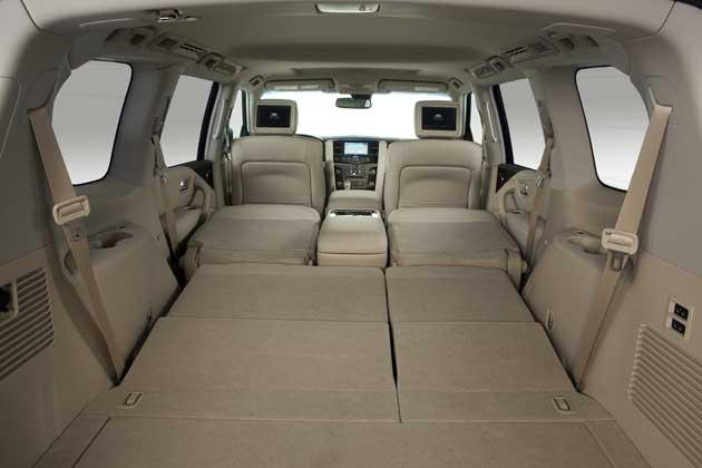 2013-Infinit-QX56-cargo