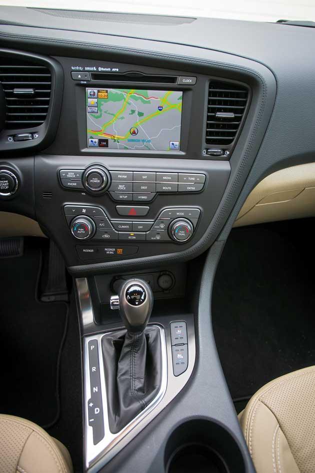 2013-Kia-Optima-Hybrid-stac