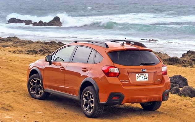 2013-Subaru-XV-Crosstrek-re