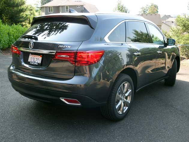 2014-Acura-MDX-rear