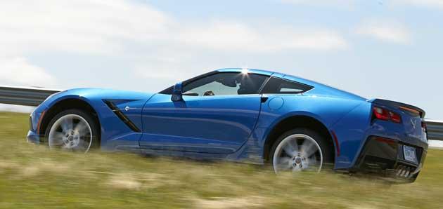 2014-Chevrolet-Corvette-sid