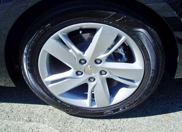 2014-Chevrolet-Cruze-Diesel-Whl