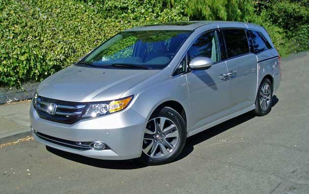 2014-Honda-Odyssey-Touring-Elite-FF