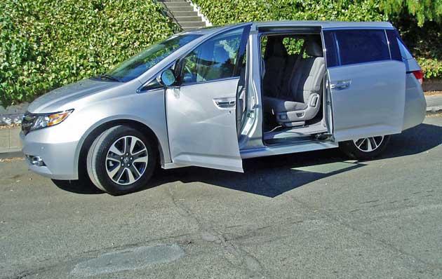 2014-Honda-Odyssey-Touring-Elite-LSD
