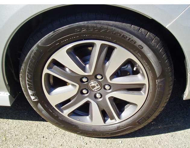 2014-Honda-Odyssey-Touring-Elite-Whl