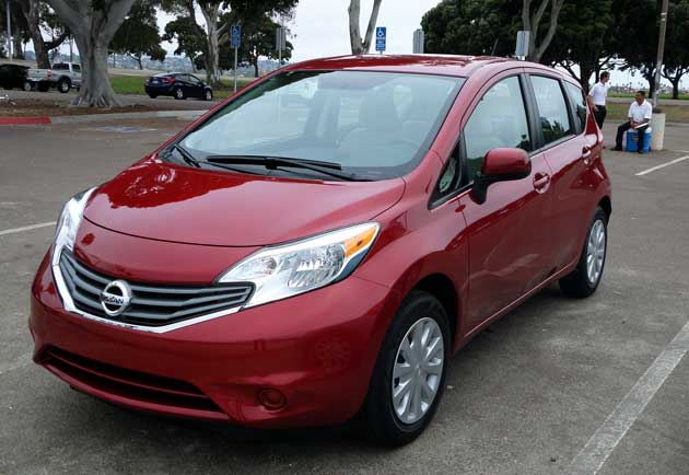 2014-Nissan-Note-front2