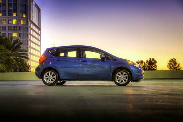 2014-Nissan-Note-side