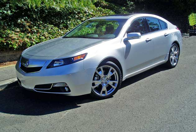 2013 acura tl sh awd advance test drive our auto expert. Black Bedroom Furniture Sets. Home Design Ideas