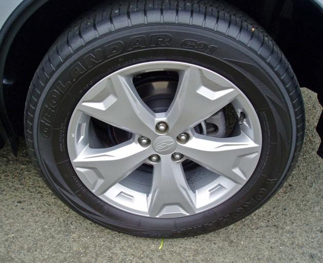 2014 Subaru Forester wheel