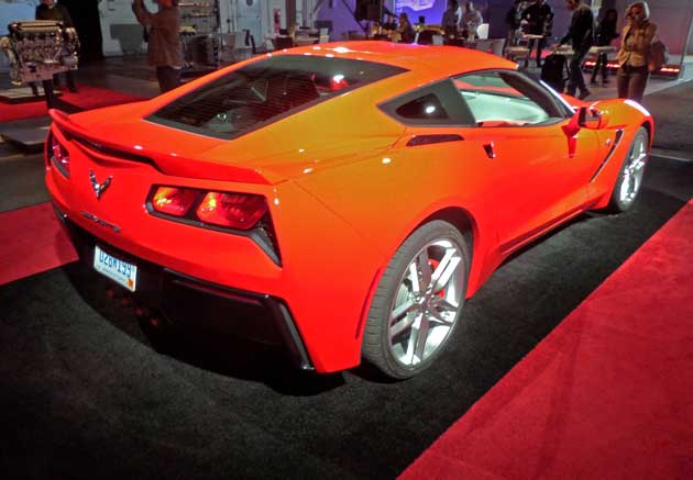 2014-Chevy-Corvette-Stingray-RR