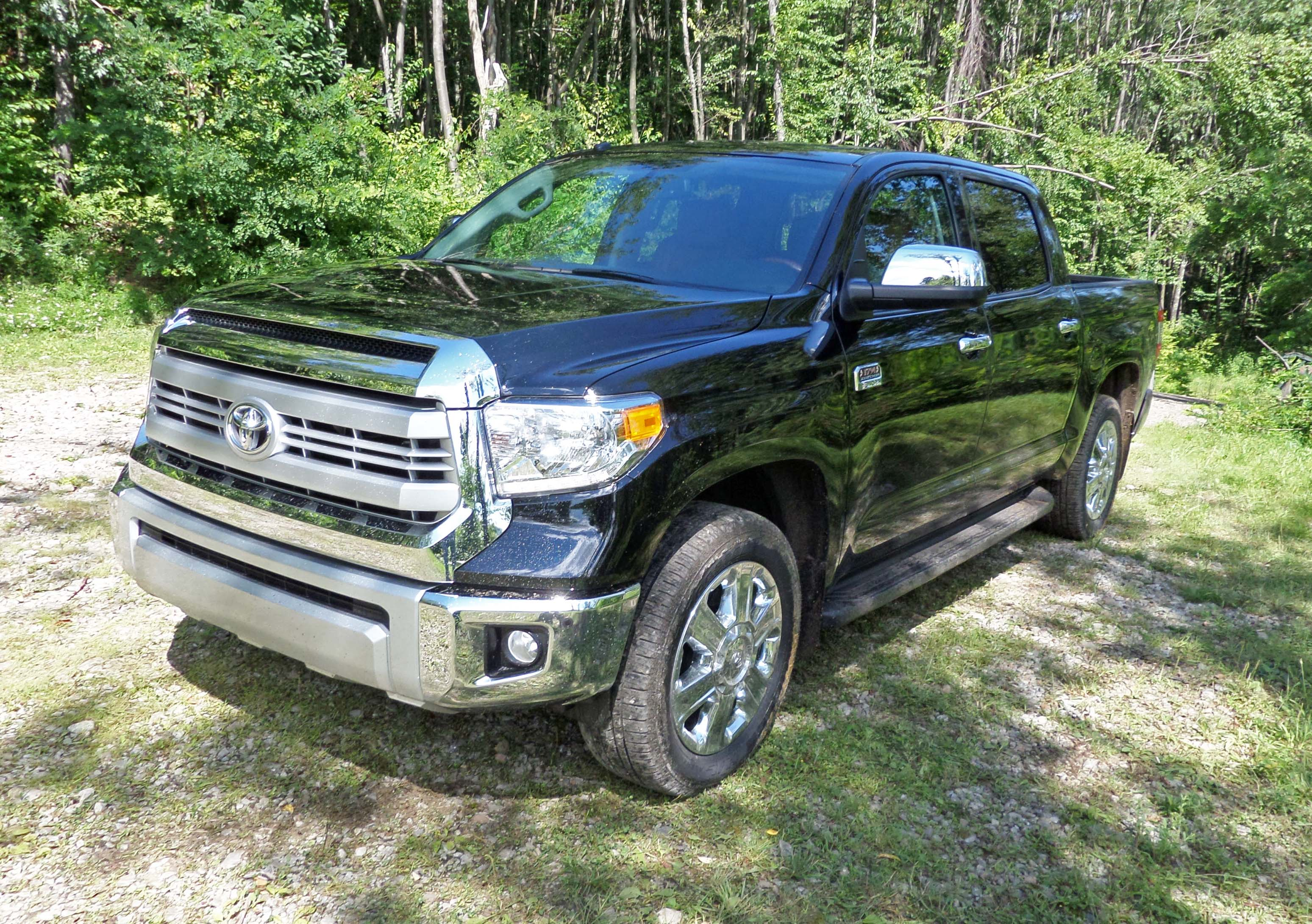 2014 toyota tundra 1794 edition test drive our auto expert. Black Bedroom Furniture Sets. Home Design Ideas