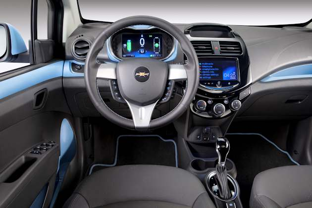2562 Chevrolet Spark EV interior