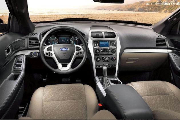 2013 Ford Fusion Hybrid dash