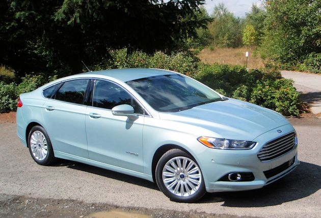 2013 Ford Fusion Hybrid side