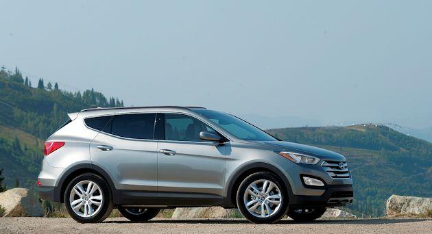 2013 Hyundai Santa Fe S-side