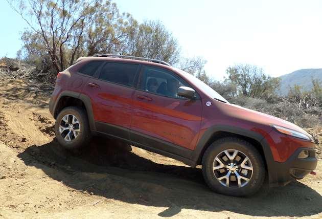 2586 Jeep Cherokee downH