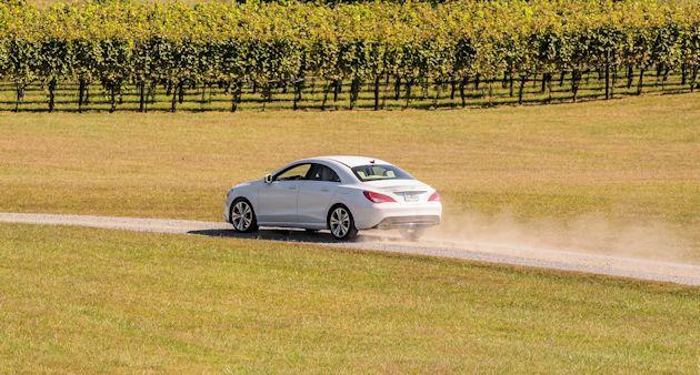 2593 Mercedes rearq