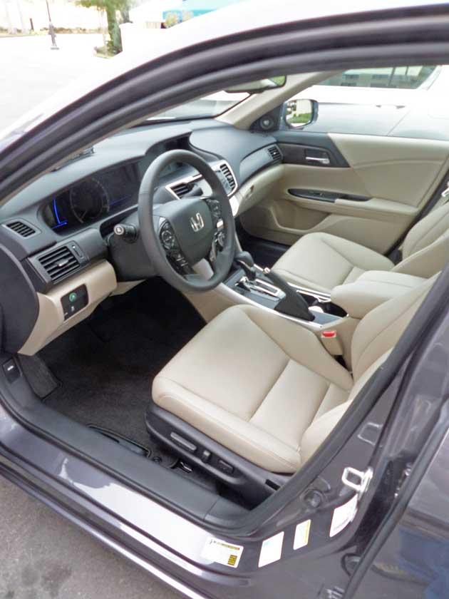 Honda-Accord-Hybrid-Int